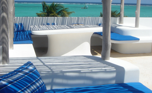 cayes-azul-resort-rooftop