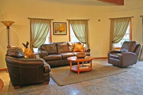 cayes-Solaria-II-resort-lounge