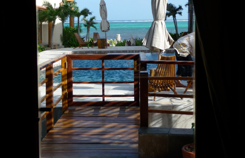 cayes-Solaria-II-resort-pool