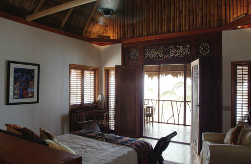 souther-belize-turtle-inn-resort-bedroom