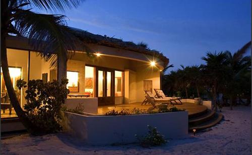 cayes-laperla-resort-rooms