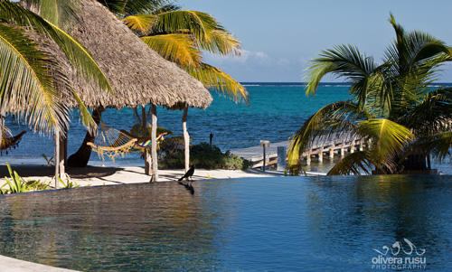 cayes-azul-resort-beach-pool