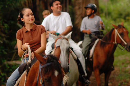 cayo-district-chaa-creek-resort-horseriding