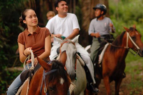 cayo-district-chaa-creek-resort-horseriding