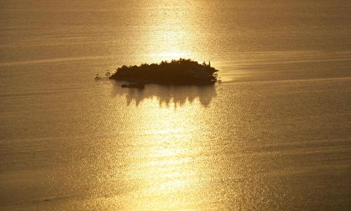 cayes-Cayo-Espanto-resort-island