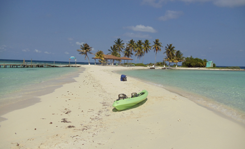 belize-luxury-sailing-vacation-boats-journeys