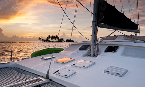 belize-luxury-sailing-boats-journeys-lagoon-the-doris