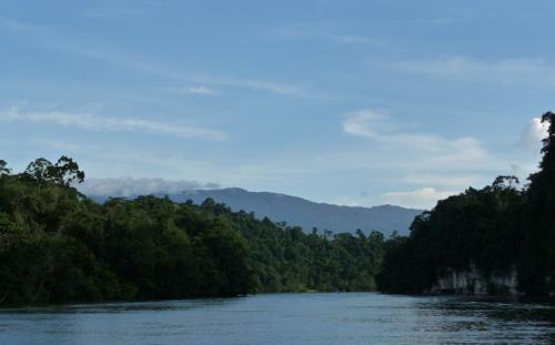 belize-luxury-sailing-vacation-boats-journeys