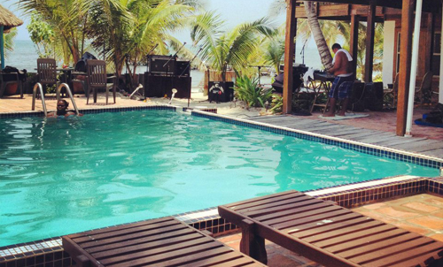 Cayes-Sundiver-Resort-Pool