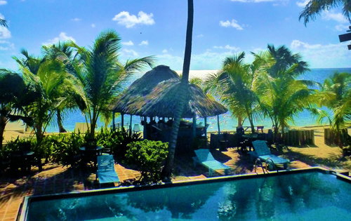 Cayes-Resort-Sundiver-Beach-Pool