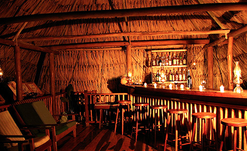 Pooks Hill - Lodge Center - Bar at Night