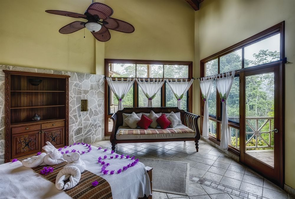 sleeping_giant_rainforest_resort_lodge_belize_room3