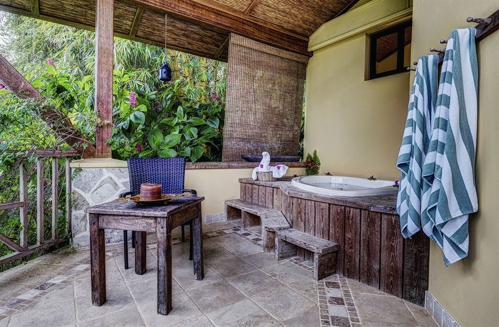 sleeping_giant_rainforest_resort_lodge_belize_room4