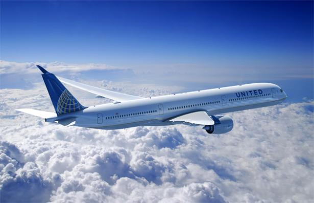 united-airlines-belize-chicago-flight